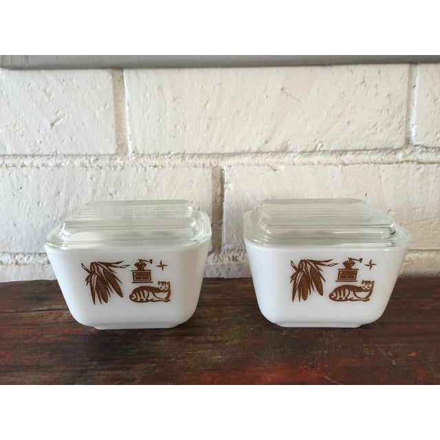Pyrex Early American Refrigerator Dishes - S/4 For Sale - Image 7 of 7