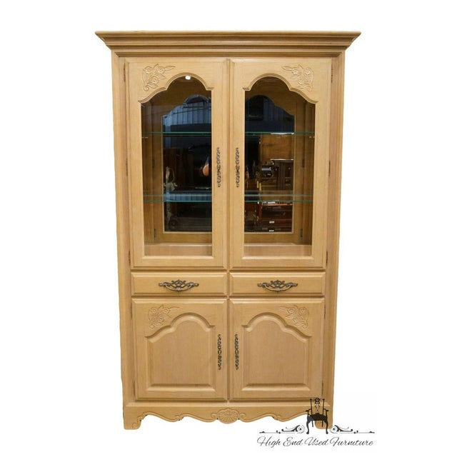 Stanley Furniture Country French Blonde Display China Cabinet Dimensions: 81.5″ High 50″ Wide 19″ Deep We specialize in...