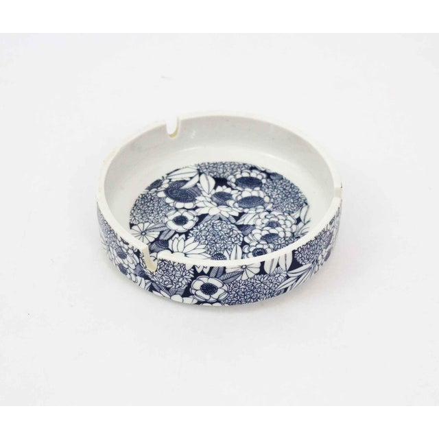 Blue & White Floral Ashtray For Sale - Image 4 of 4