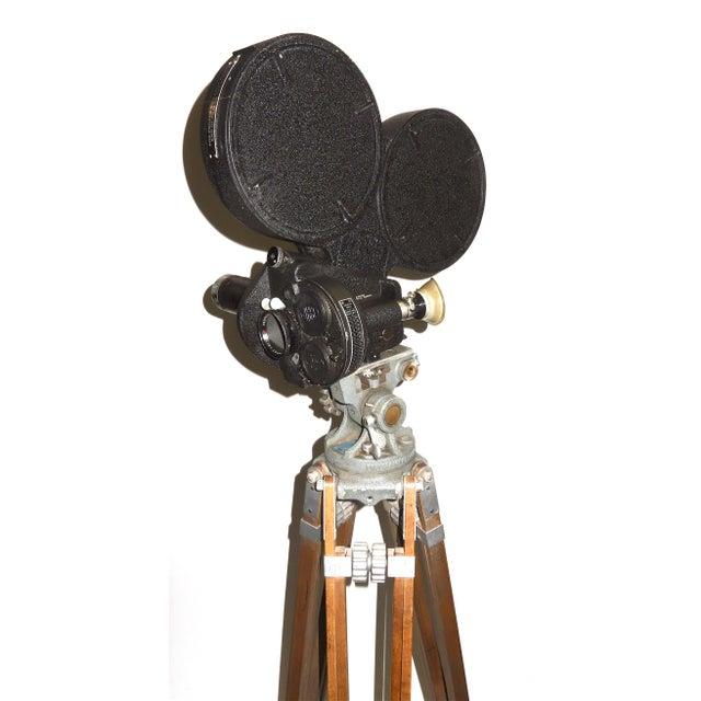 Mid 20th Century CineFlex 35mm Movie Camera Ww-II Designed Combat Camera, Pristine Time Warp Unit For Sale - Image 5 of 13