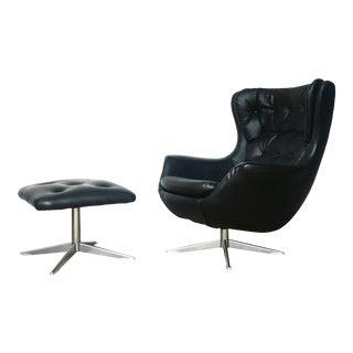 Vintage Mid-Century Modern Overman Egg Chair