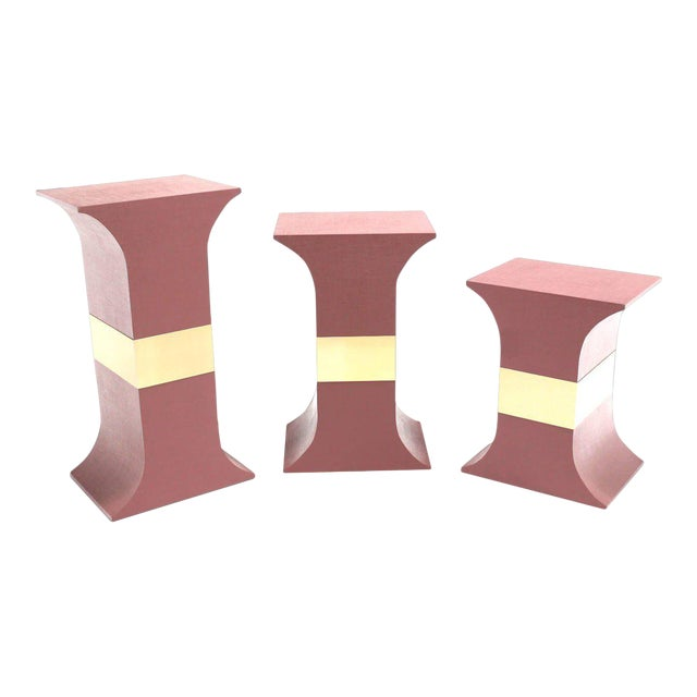 Mid-Century Modern Grasscloth Wrapped Pink Lacquer Brass Trim Pedestals- Set of 3 For Sale