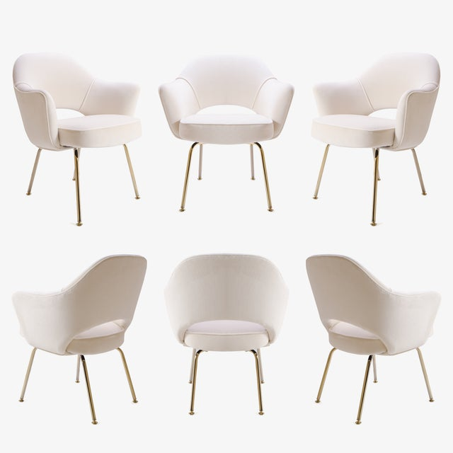 Saarinen Executive Arm Chairs in Crème Velvet, 24k Gold Edition - Set of 6 For Sale - Image 11 of 11