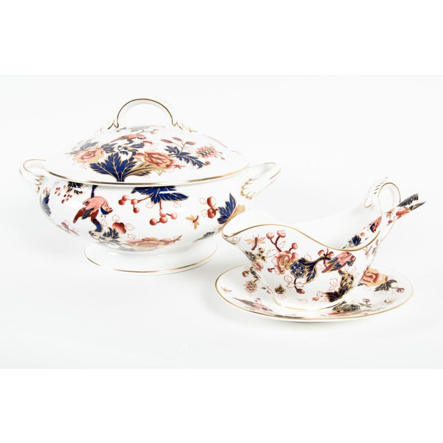 Late 20th Century English Porcelain Tureen Set of 4 For Sale - Image 5 of 7