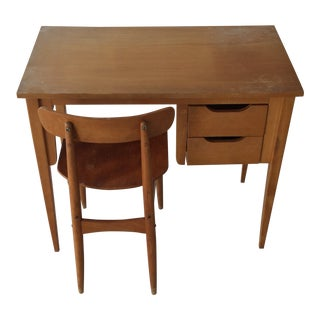 Vintage Small Children's Desk & Chair Oak Light Wood For Sale