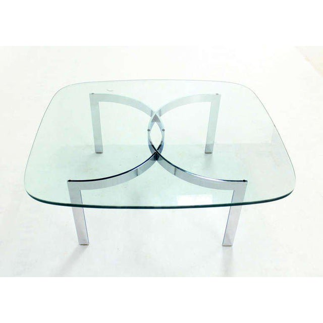 Mid-Century Modern Chrome and Glass-Top Coffee Table For Sale In New York - Image 6 of 10