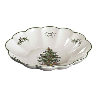 "Spode England ""Christmas Tree"" Large Oval Fluted Serving Bowl For Sale"
