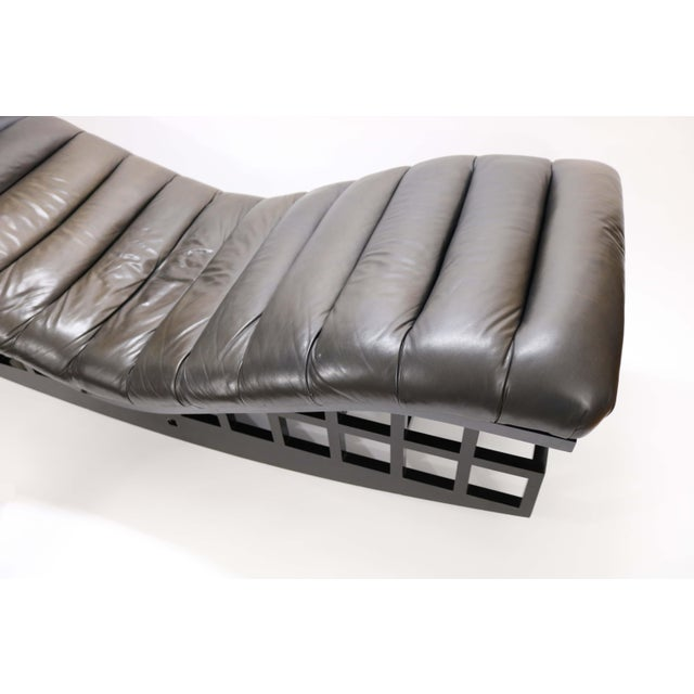 Knoll International Rocking Chaise by Richard Meier for Knoll For Sale - Image 4 of 13