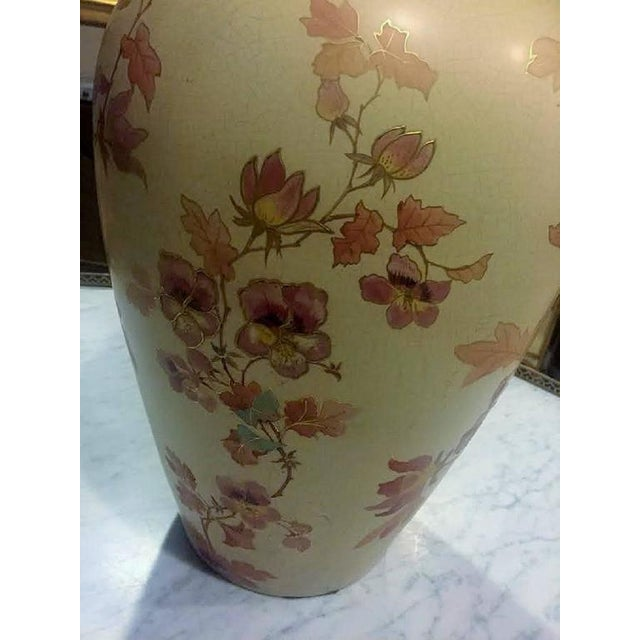 Pointons Floral Pottery Vase - Image 5 of 9