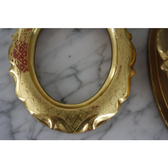 Pair of Gilt Oval Frames For Sale In Dallas - Image 6 of 13