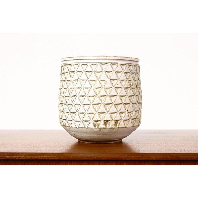 Modern Christian Boehr White Glaze Ceramic Stoneware Planter For Sale - Image 4 of 5