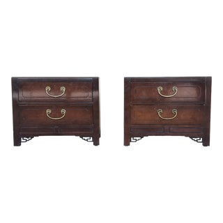 1980s Chinoiserie White Fine Furniture Nightstands - a Pair For Sale