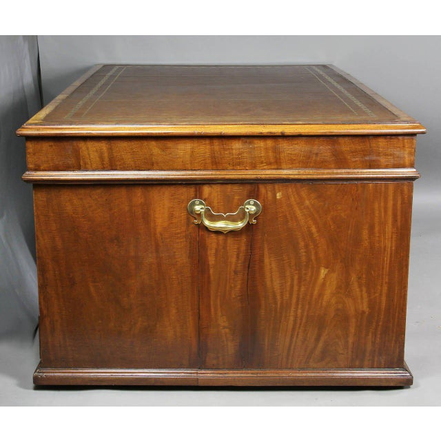 Mid 18th Century George III Mahogany Partners Desk For Sale - Image 5 of 8