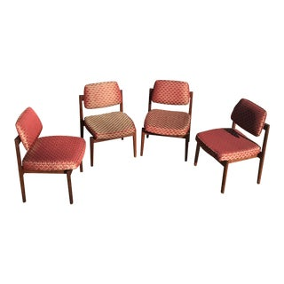 Jens Risom Mid Century Walnut Chairs - Set of 4 For Sale