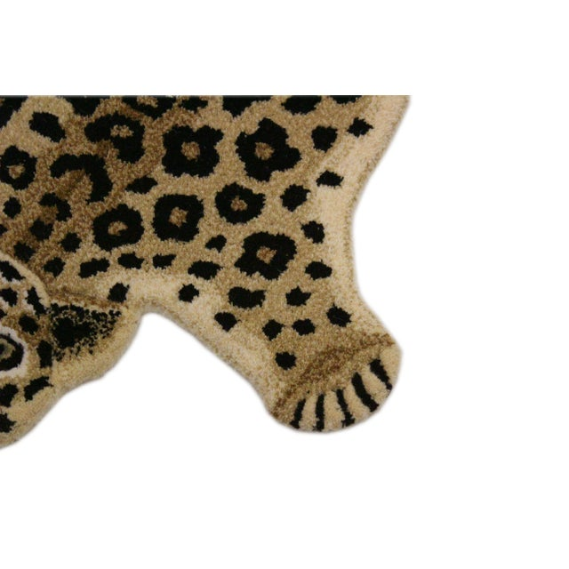 Contemporary Decorate Leopard Design Handcuffed Area Rug- 2′ × 3′ For Sale - Image 4 of 10