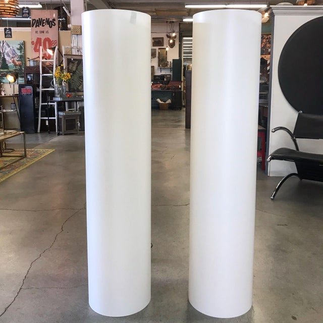 Amazing white illuminated column floor lamps, in the manner of Paul Mayen and his cylindrical lighting for Habitat NYC....