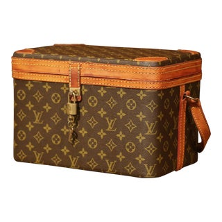 Mid-20th Century Louis Vuitton Train Case Vanity Travel Make Up Box For Sale