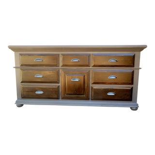 Bassett Ebonized 9-Drawer Dresser