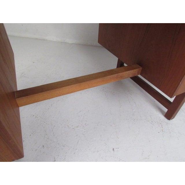 Danish Modern Teak Double Pedestal Desk For Sale In New York - Image 6 of 11