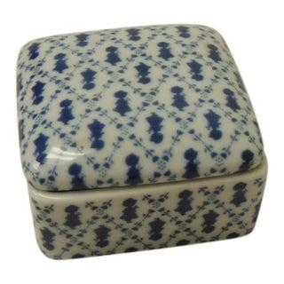 Vintage Small Porcelain Blue and White Trinket Lidded Box For Sale
