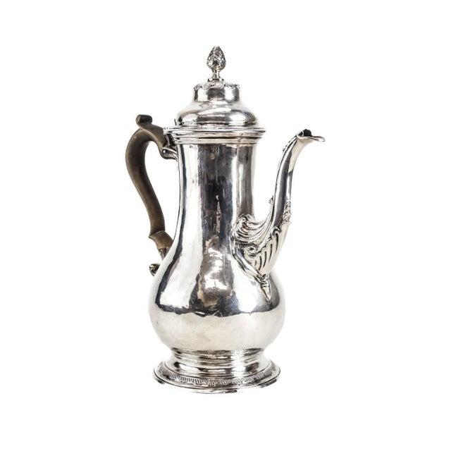 Art Nouveau Charles Wright London George III Sterling Silver Coffee Pot For Sale - Image 3 of 6
