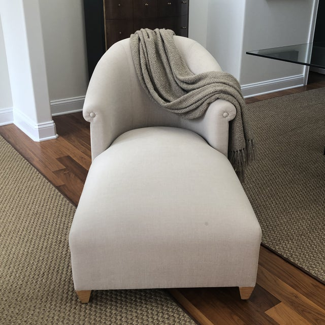 Contemporary Donghia Plato Chaise in Flax Linen For Sale - Image 3 of 13