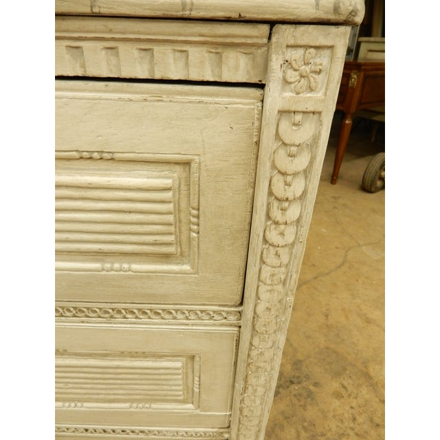 Off-white 18th Century Northern European Painted Commode For Sale - Image 8 of 11