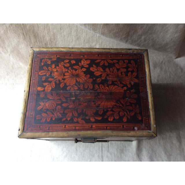 19th Century Chinese Tea Caddy For Sale - Image 4 of 12