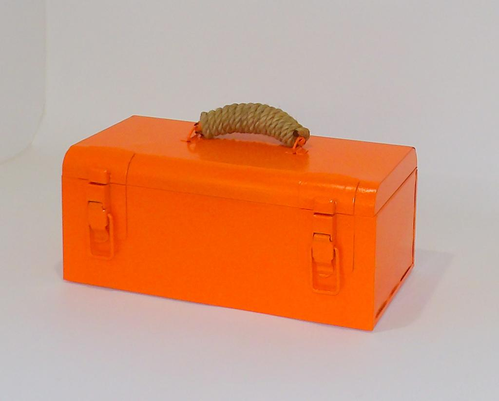 1960s 1960s Industrial Modern Metal And Rope Essential Oil Storage Box For  Sale   Image 5