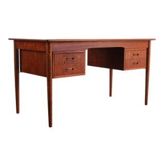 Danish Desk with Finsihed Back in Bold Teak Grain Designed by Arne Vodder For Sale