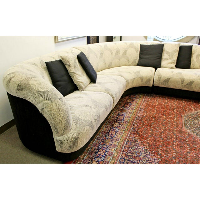 1980s Contemporary Modern Kagan Style 3 Pc Curved Sectional Sofa 1980s Gray Black For Sale - Image 5 of 11
