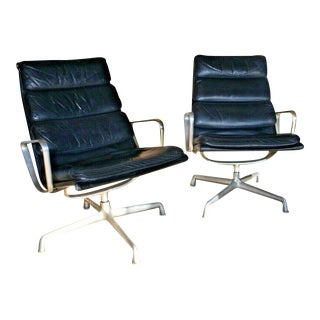 Mid Century Eames Herman Miller Lounge Chairs Black Leather- A Pair For Sale