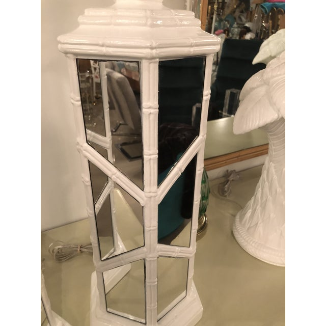 Asian Vintage Chinese Chippendale Hollywood Regency White Lacquered Chrome Mirror Faux Bamboo Table Lamps - A Pair For Sale - Image 3 of 13