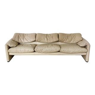"""Vico Magistretti for Cassina Beige Leather """"Maralunga"""" Sofa For Sale"""