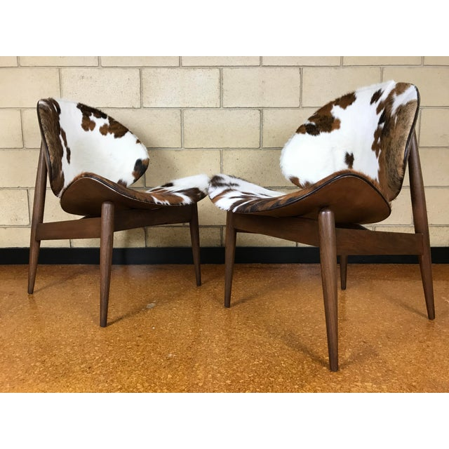 Kodawood Mid-Century Modern Clam Shell Lounge Chairs- A Pair For Sale - Image 9 of 9