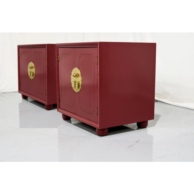 Mid-Century Modern 1970s Chinoiserie Nightstands With Brass Hardware in Mauve by Henredon - Freshly Painted For Sale - Image 3 of 9