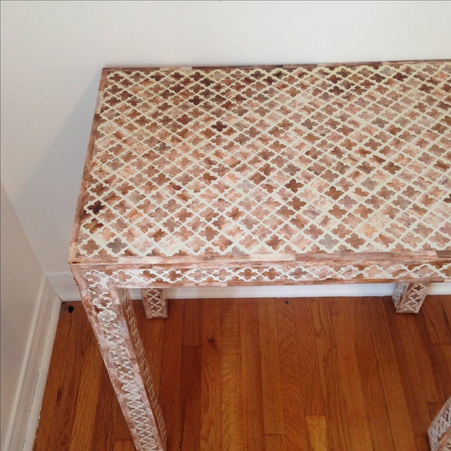 HD Buttercup Shell Inlay Trellis Console - Image 5 of 11