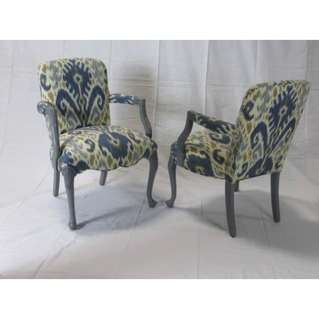 1900 - 1909 Gray Lacquered Cabriole Leg Chairs Reupholstered in Kravet - A Pair For Sale - Image 5 of 11
