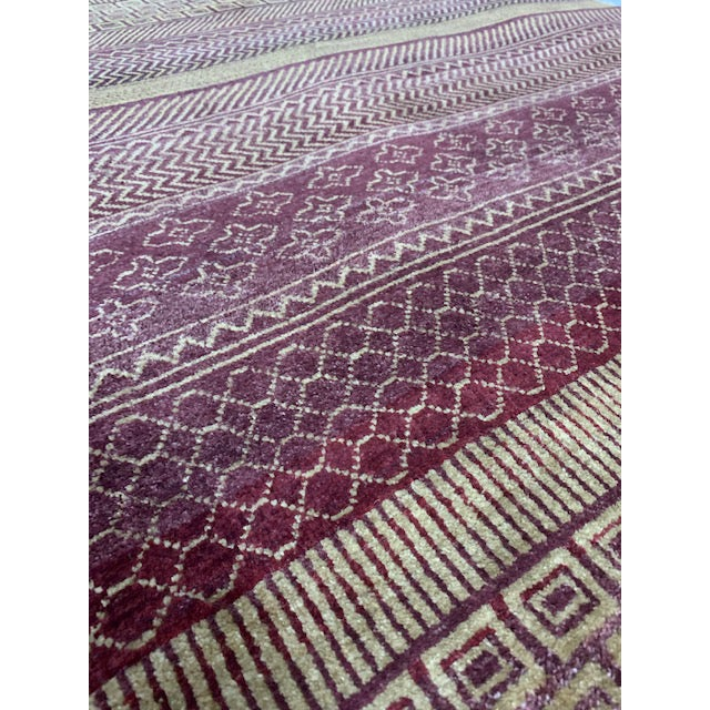 Reddish Brown Contemporary Grass Pattern Carpet - 4′ × 6′ For Sale - Image 4 of 6