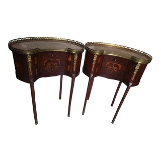 Vintage French Louis XVI Brass-Mounted Kidney Shaped Side Tables - a Pair For Sale