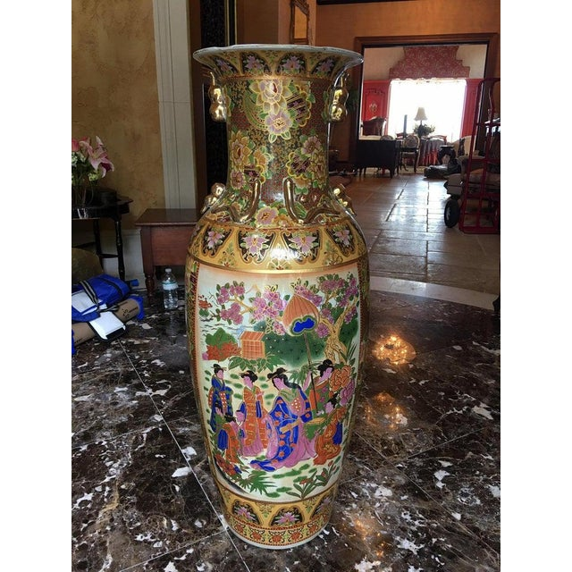 Chinese Tall Chinese Vases with Decorative Scenes, 20th Century - A Pair For Sale - Image 3 of 13