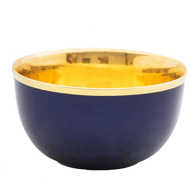 "Contemporary Pair of ""Schubert"" Champagne Bowls White & Gold by Augarten For Sale - Image 3 of 10"