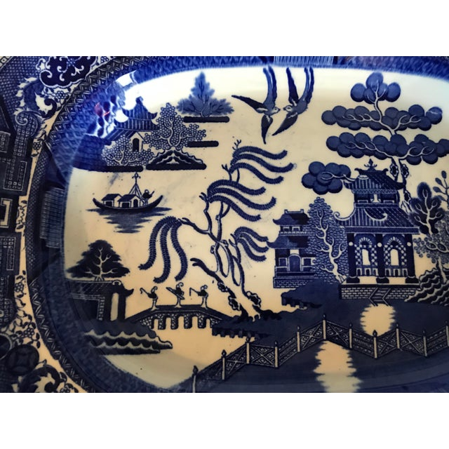 Traditional 1930s English Flow Blue Willow Large Platter For Sale - Image 3 of 12