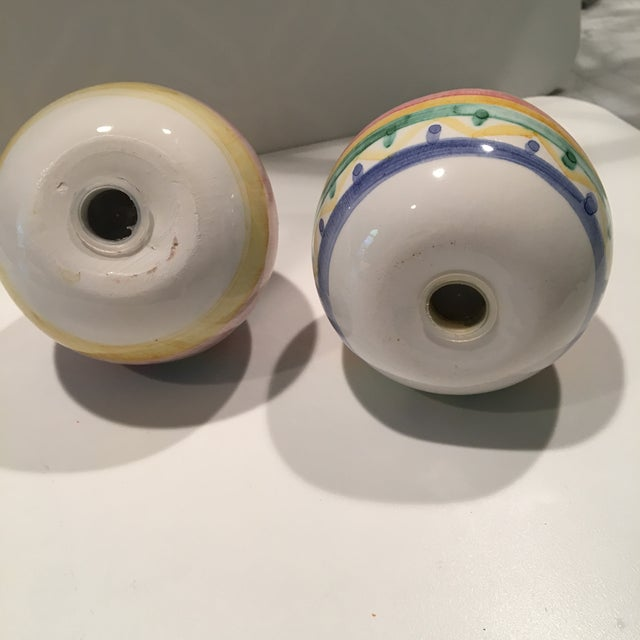 1980s 1980s Mid-Century Modern Hand Painted Ball-Shaped Salt and Pepper Shakers - a Pair For Sale - Image 5 of 6