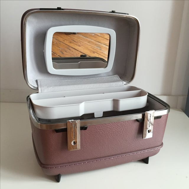 Pearlescent Purple American Tourister Train Case - Image 3 of 6