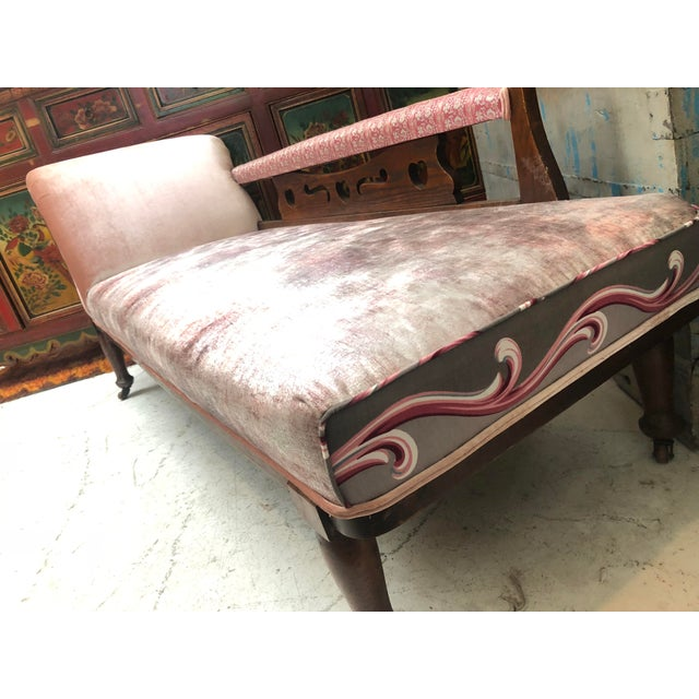 1920s Art Nouveau Plush Pink Chaise Lounge For Sale - Image 4 of 11