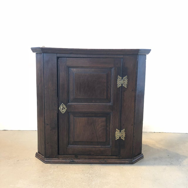 Brown 18th Century English Oak Corner Cabinet For Sale - Image 8 of 8
