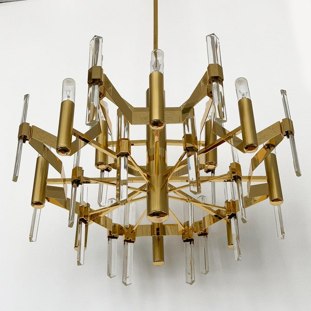 Brass Gold-Plated Brass and Crystal Chandelier by Gaetano Sciolari For Sale - Image 7 of 12
