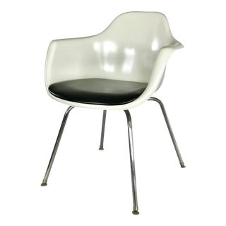 1960s Fiberglass Shell Chair by Krueger For Sale
