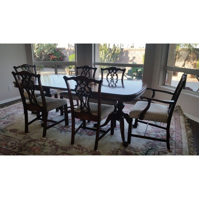 Early American Antique Bernhardt Dining Set For Sale - Image 3 of 9